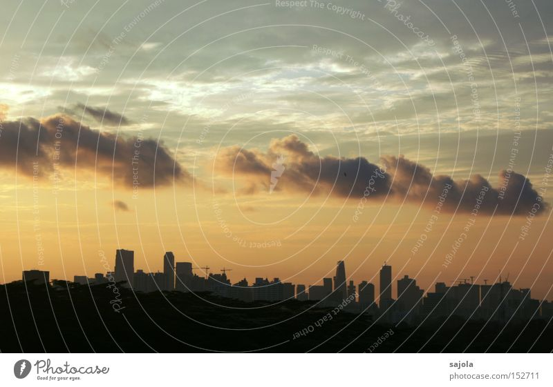 cloud train Sky Clouds Horizon Town Downtown High-rise Moody Singapore Vantage point Banking district Asia South East Asia Colour photo Exterior shot Dawn Day