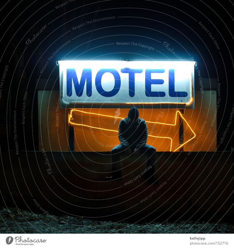 motel kallefornia Man Human being Guest Motel Hotel Hostel Accommodation Arrow Direction Night Doorman Entrance Welcome Reception Vacation & Travel Sit