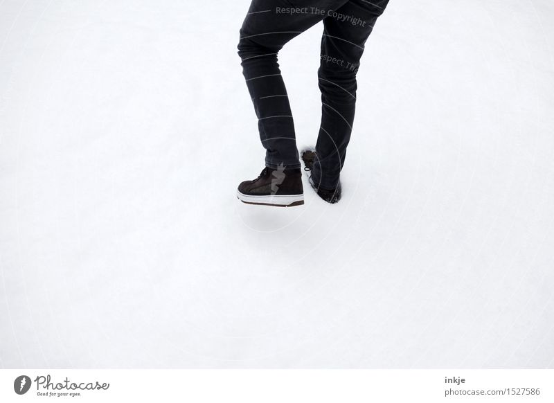 Human being Child Youth (Young adults) Man White Young man Winter 18 - 30 years Adults Life Snow Style Boy (child) Lifestyle Legs Feet