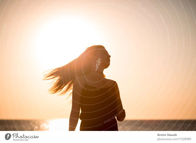 summer silhouette Lifestyle Style Joy Beautiful Hair and hairstyles Harmonious Contentment Senses Relaxation Vacation & Travel Adventure Summer vacation Beach