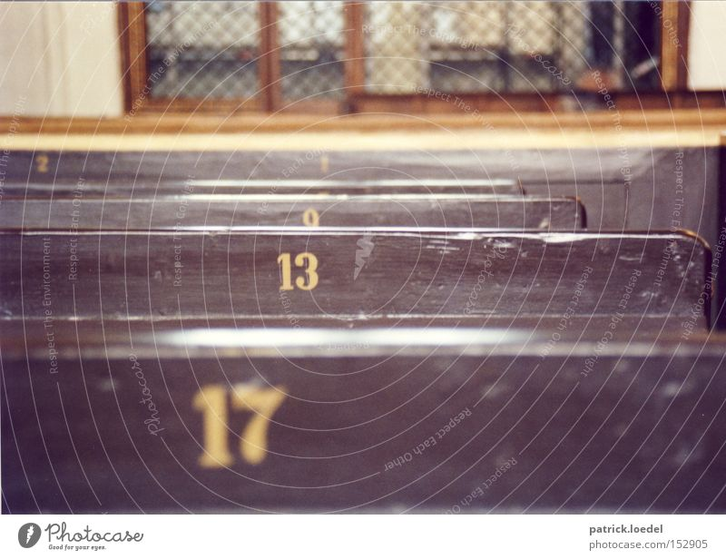 [HL08] 9, 13, 17, ? Colour photo Subdued colour Interior shot Detail Deserted Day Shallow depth of field Lottery Room Funeral service Church Wood