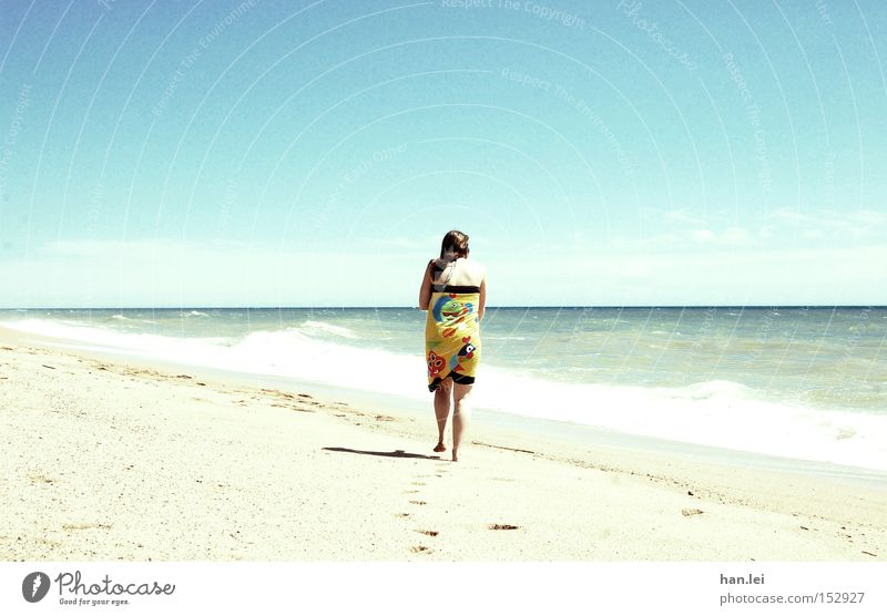 Woman Sun Ocean Blue Summer Beach Vacation & Travel Relaxation Lanes & trails Warmth Power Waves Healthy Wind Walking Leisure and hobbies