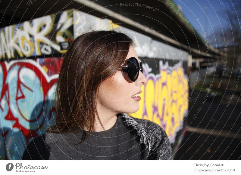 Human being Woman Youth (Young adults) Beautiful Young woman 18 - 30 years Adults Graffiti Lifestyle Fashion Elegant Uniqueness Cool (slang) Brunette