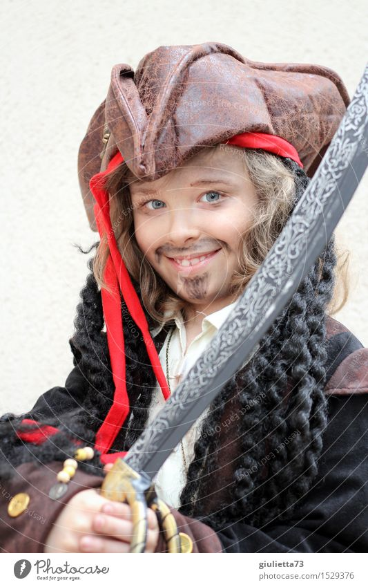A pirate's smile Child Boy (child) 1 Human being 3 - 8 years Infancy 8 - 13 years Smiling Cool (slang) Friendliness Happiness Hip & trendy Beautiful Joy Dream