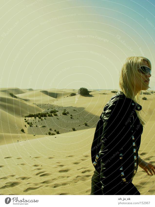 Woman Sand Blonde Hiking Desert Hot Dry Burn Dune Sunglasses Spain Canaries Gran Canaria