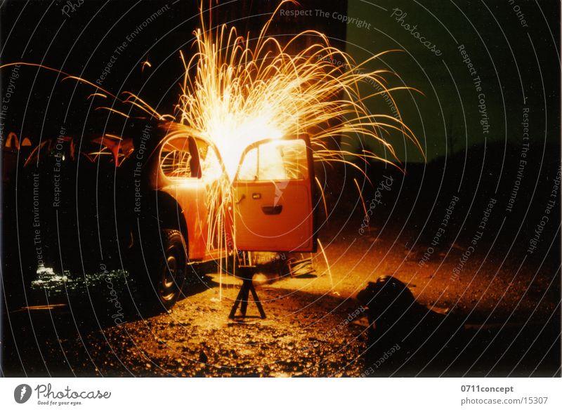 Beetle Workshop Repair Night Transport Spark Blaze flex Work and employment Firecracker flying sparks