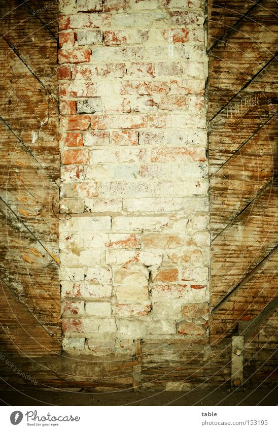 Old Wall (building) Wood Stone Wall (barrier) Room Crazy Living or residing Castle Brick Craft (trade) Historic Wooden board Farmhouse Plaster Restoration