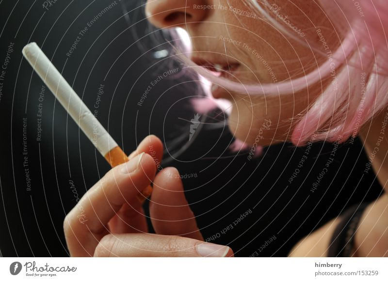 Woman Youth (Young adults) Smoking Tobacco products Intoxicant Cigarette Addiction Dependence Nicotine Biology