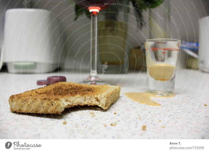 Glass Kitchen Bread Vase Gully Crumbs Toast Liquer Toaster
