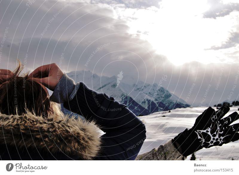 take a break in mountain. Gloves Break Sun Sky Jacket Pelt Winter sports Alps Snow