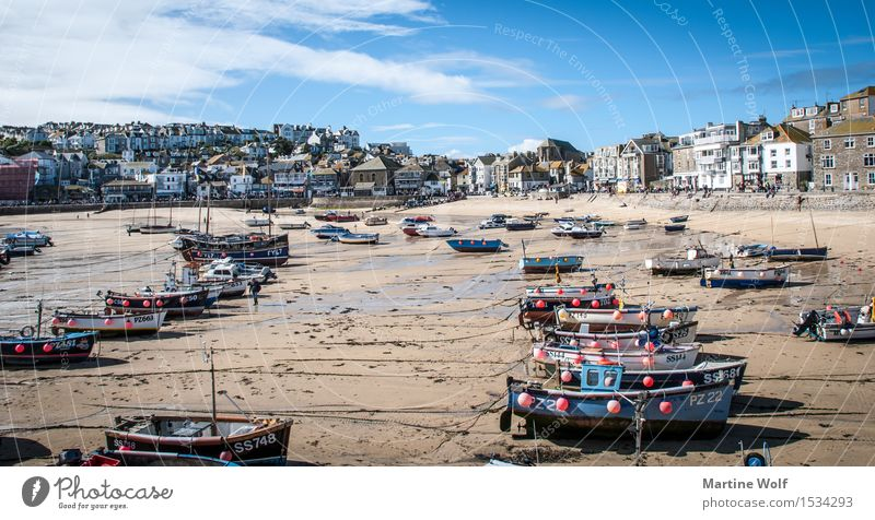 St.Ives Beach Landscape Sky Coast Village Fishing village Harbour Fishing boat Idyll Vacation & Travel Cornwall England Great Britain St. ives Colour photo