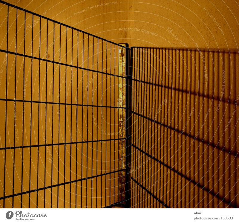 Yellow Wall (building) Wall (barrier) Metal Safety Metalware Steel Craft (trade) Fence Diagonal Plaster