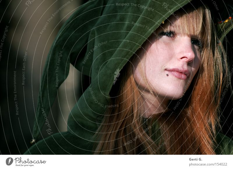 Woman Nature Beautiful Face Think Portrait photograph Fairy tale Hooded (clothing) Elf Velvet Well-proportioned