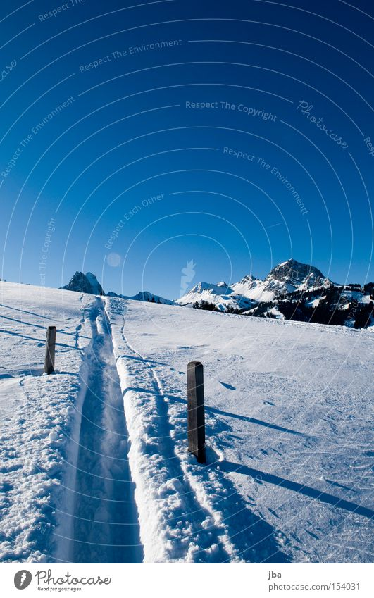 White Snow Mountain Landscape Skiing Driving Tracks Fence Snowscape Glide Wooden stake Fence post Ski tracks