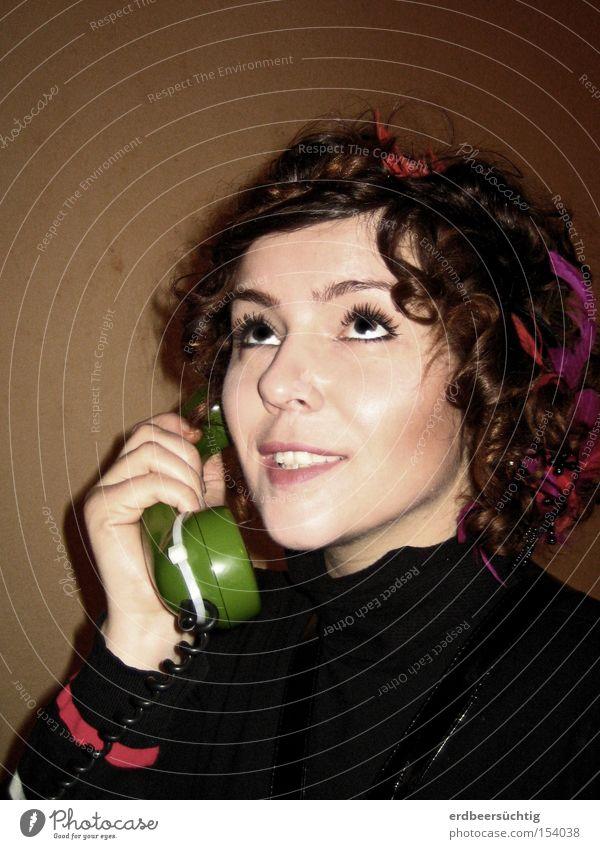 Woman To talk Feminine Adults Telephone Communicate Human being Media To call someone (telephone)
