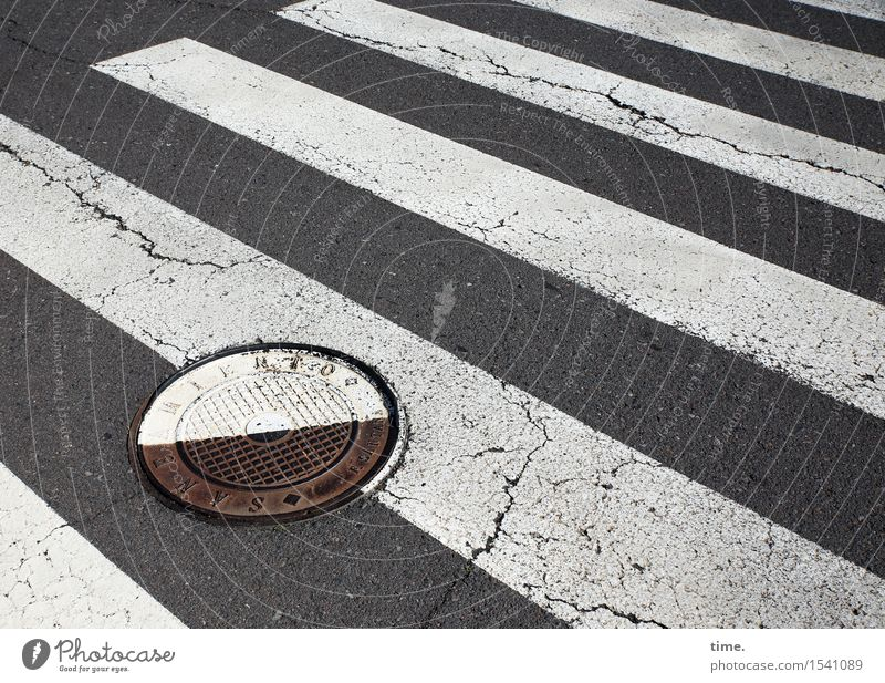 twisted world Transport Traffic infrastructure Passenger traffic Road traffic Pedestrian Street Lanes & trails Road sign Pedestrian crossing Zebra crossing