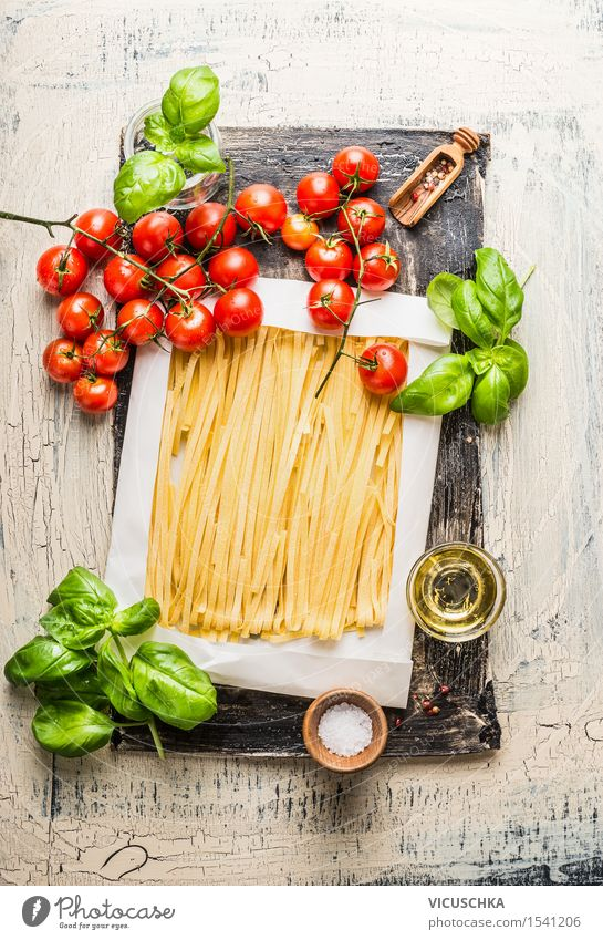 Pasta with tomatoes, basil and olive oil Food Vegetable Lettuce Salad Dough Baked goods Herbs and spices Nutrition Lunch Dinner Buffet Brunch Organic produce