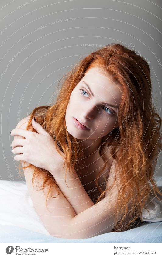 Human being Woman Youth (Young adults) Naked Young woman Eroticism Red Loneliness 18 - 30 years Adults Feminine Think Lie Authentic Sex Bed