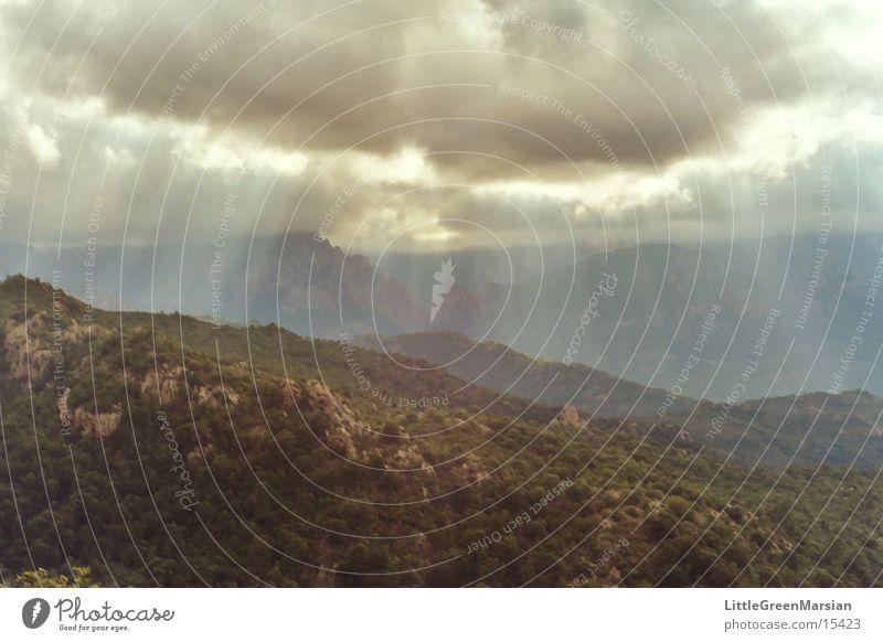 bavella Sunbeam Light Dark Clouds Moody Mountain maccia Sky Deep Rock