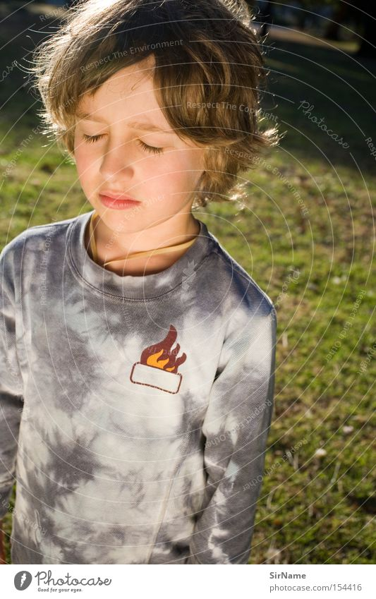 53 [threshold torque] Meditation Child Boy (child) Think Growth Peace Concentrate Child's portrait Awareness Insight golden light get older Meditative