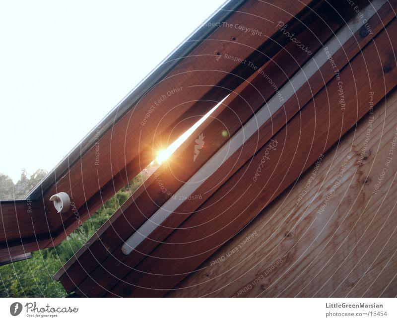 Interference at the single slit Skylight Sun Column