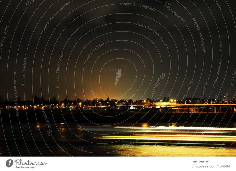 darkmotion Town Dynamics Movement Light Lighting engineering Long exposure Moody Atmosphere Duesseldorf Oberkassel Rhine Bridge