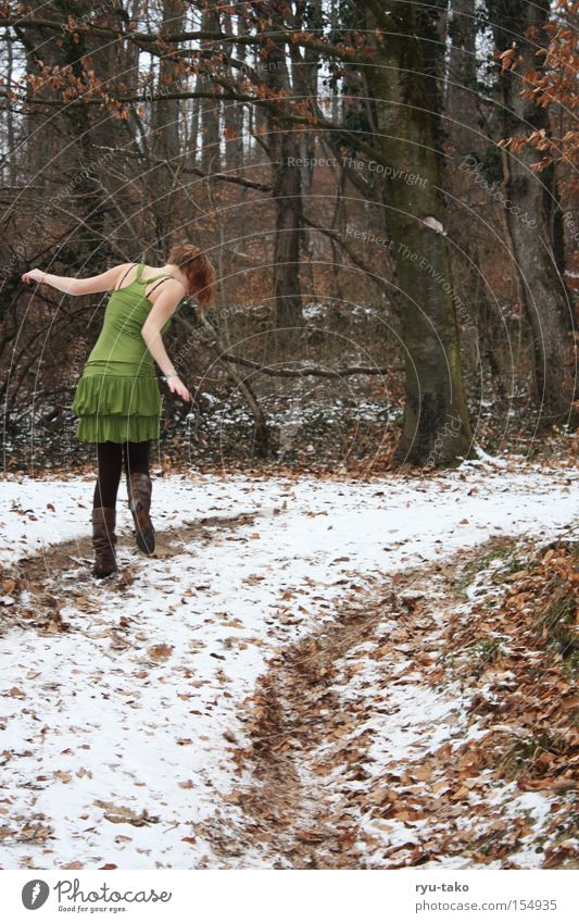 Woman Youth (Young adults) Beautiful White Tree Green Winter Leaf Forest Cold Dress Freeze Fairy Elf Enchanting