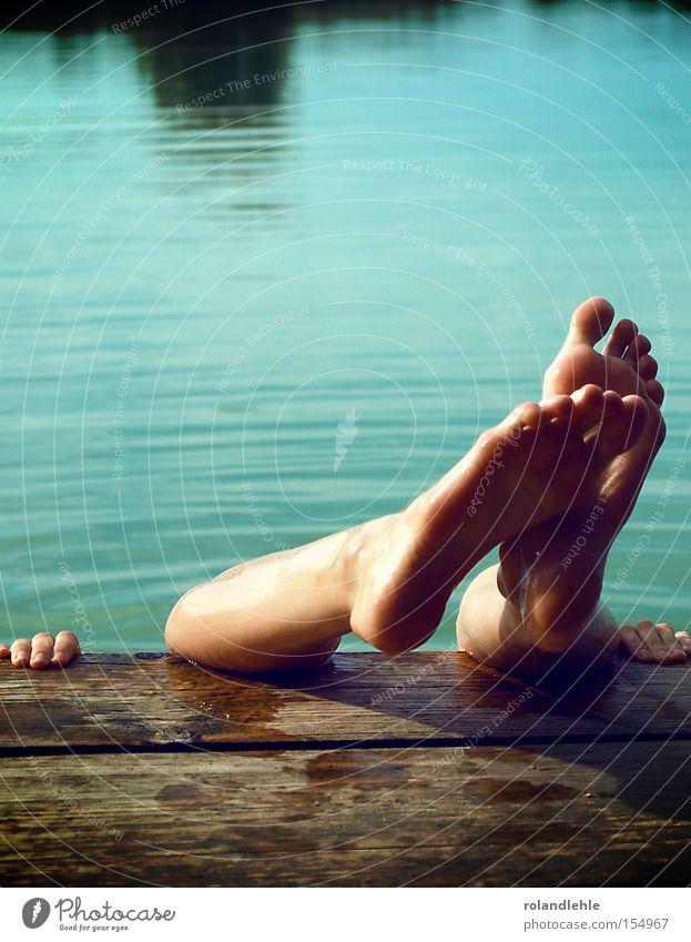 Water Ocean Summer Joy Wood Feet Lake Hand Fingers Leisure and hobbies Swimming & Bathing To hold on Turquoise Footbridge Human being