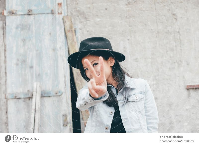 Vacation & Travel Funny Style Happy Free Authentic Happiness Smiling Sign Cool (slang) Discover Peace Hat Long-haired Hide Black-haired