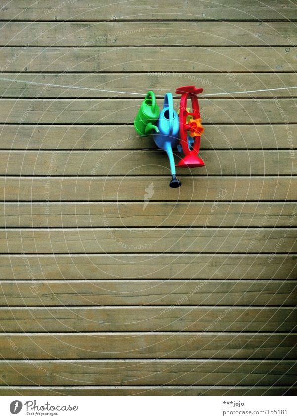 Colour Wall (building) Wood Garden Park Leisure and hobbies Rope Plastic Toys Wooden board Hang Multicoloured Garden plot Cast Watering can