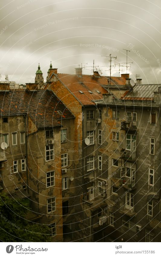 Zagreb reverse Backyard Habitat House (Residential Structure) Unemployment pay Rain Balcony Art Culture Europe zagreb croatia eastern europe balkan