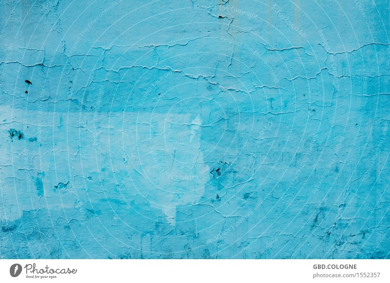Today I'm going to blue... Ruin Manmade structures Building Wall (barrier) Wall (building) Facade Old Town Blue Barcelona Colour Rendered facade Flake off
