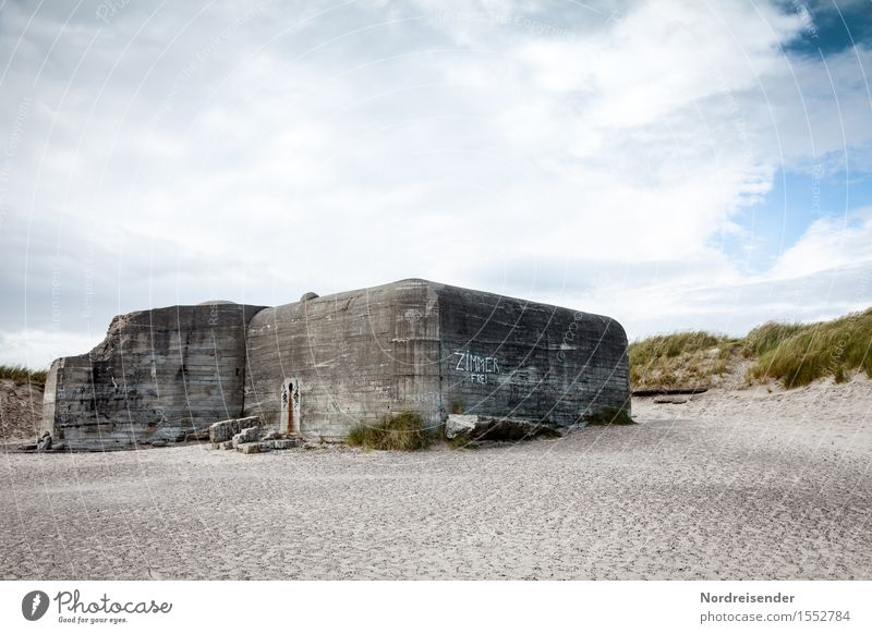 Sky Summer Ocean Landscape Clouds Beach Environment Wall (building) Architecture Graffiti Coast Wall (barrier) Exceptional Tourism Characters Concrete