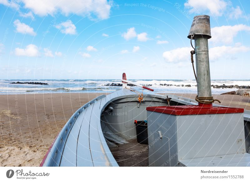 Sky Vacation & Travel Summer Ocean Landscape Clouds Beach Coast Watercraft Work and employment Tourism Waves Wind Technology Beautiful weather Friendliness