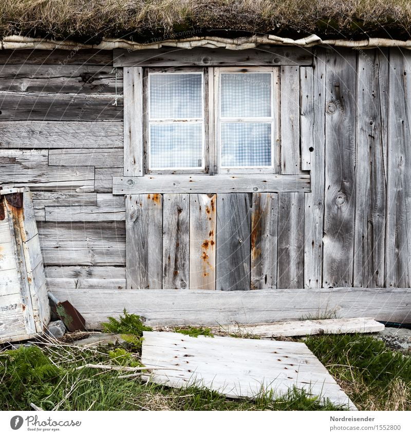 Old Green Loneliness House (Residential Structure) Window Architecture Grass Building Wood Gray Time Facade Living or residing Poverty Transience Broken