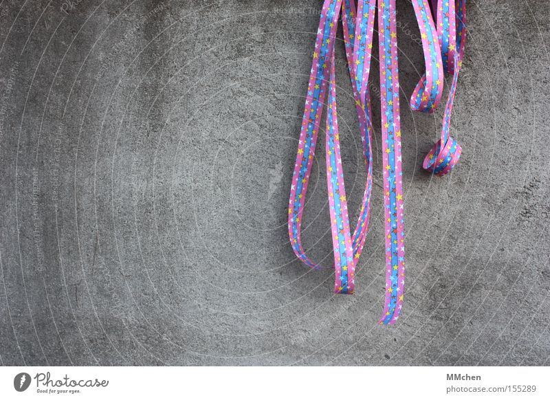It`s Partytime! Feasts & Celebrations Invitation Decoration Paper streamers Star (Symbol) Multicoloured Blue Violet Carnival Monday befor lent Concrete