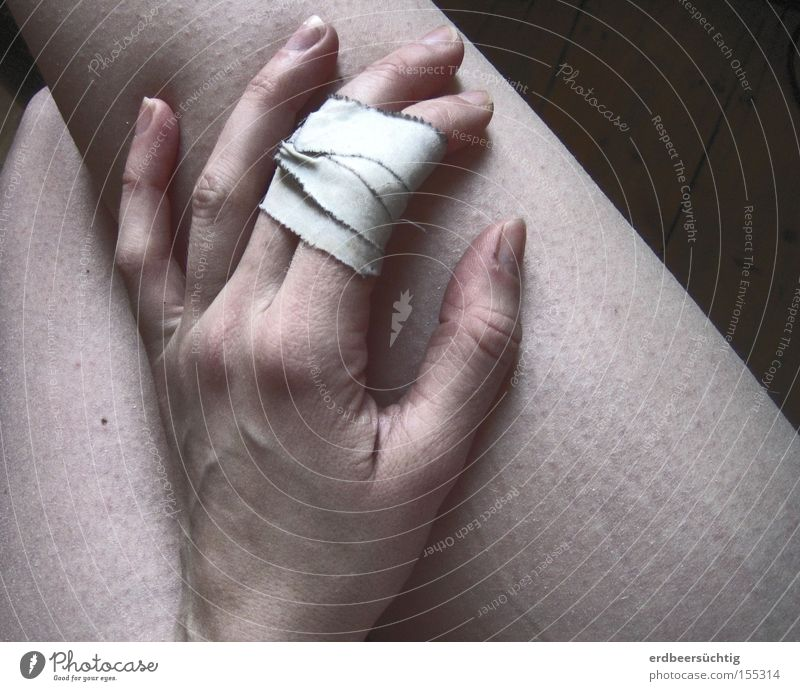 wounded Healthy Relaxation Hand Fingers Legs Cold Pain Feeble Vulnerable Pallid Adhesive plaster Subdued colour Gooseflesh Naked flesh Bandage Wound