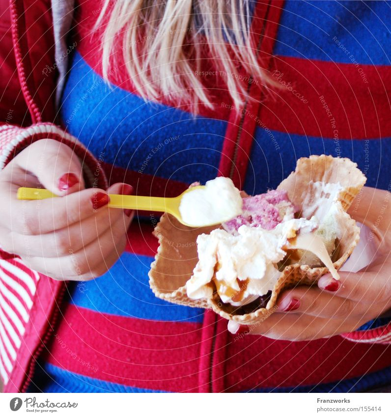 Woman Summer Nutrition Eating Ice cream To enjoy Candy Delicious Dessert Spoon Food Cosmetics Nail polish Waffle Ice-cream parlor Spoon up