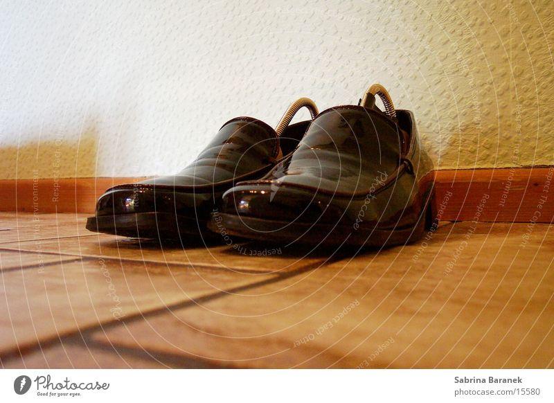fine shoes... Footwear Black Things Varnish shoe tree