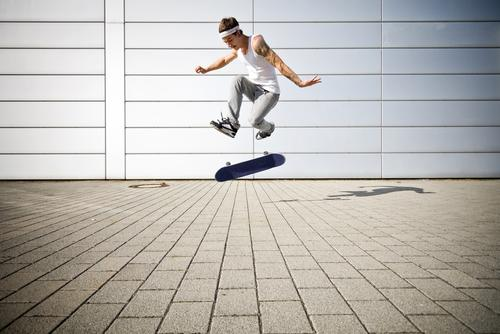 360 flip Sports Playing Youth (Young adults) Funsport Skateboard skateboarder Ice-skating skaten Skateboarding sprung dynamik energie einsatz kraft jugend