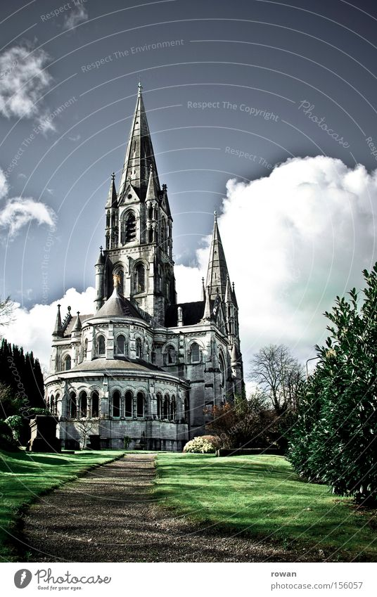 Sky Stone Religion and faith Architecture Tall Church Historic Prayer Vertical Gothic period Cathedral Height House of worship Catholicism Neogothic