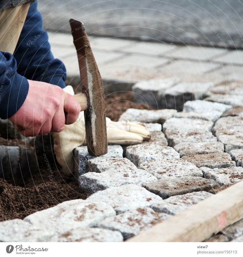 Hand Working man Work and employment Stone Sand Fingers Construction site Floor covering Simple To hold on Make Craft (trade) Stress Cobblestones Wooden board
