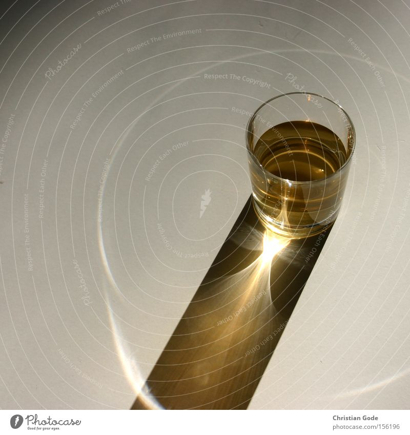 sundial Glass Whiskey Shadow Sun Light Circle Reflection Light (Natural Phenomenon) Beverage Sundial Cone of light Gastronomy Kitchen Things