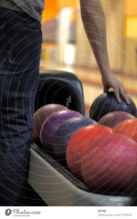 the dude Joy Leisure and hobbies Playing Sports Sporting event Arm Hand Jeans Sphere Colour Accuracy Concentrate Power Precision Bowling Bowling alley