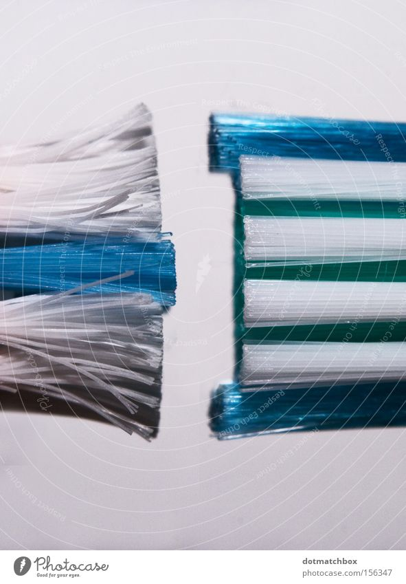 Old White Blue New Bathroom Cleaning Parallel Second-hand Bristles Toothbrush Dialog partner Unused