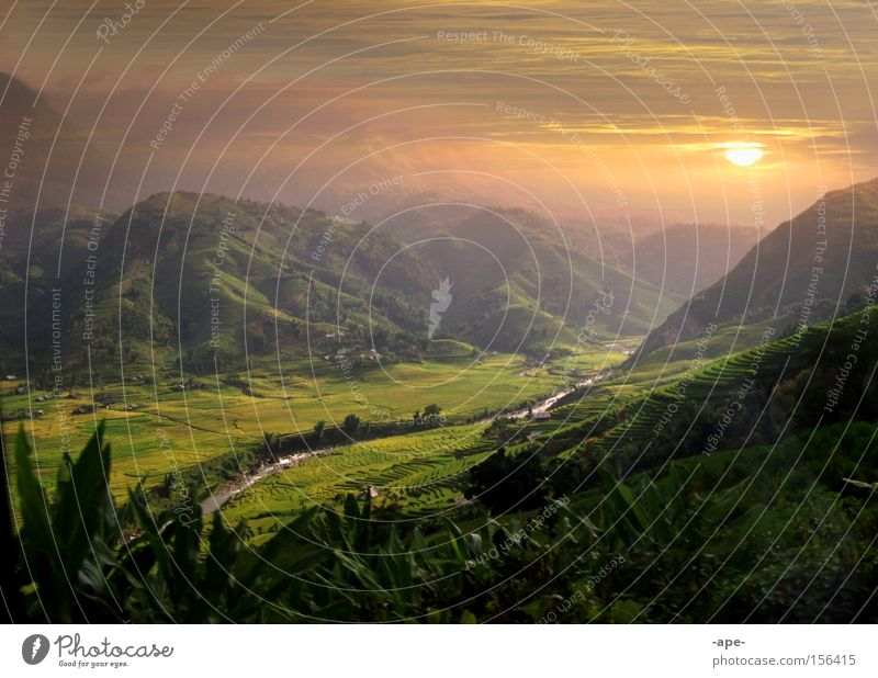 Relaxation Calm Clouds Sunrise Travel photography Mountain Grass Freedom Moody Dream Contentment Leisure and hobbies Large Climate Adventure River