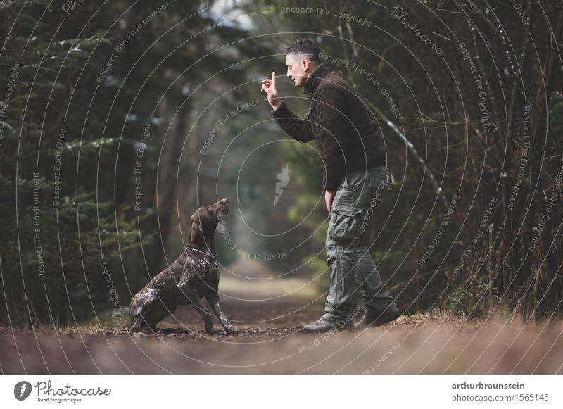 Man with dog in the forest Leisure and hobbies Hunting Trip Human being Masculine Young man Youth (Young adults) Friendship Life 1 30 - 45 years Adults