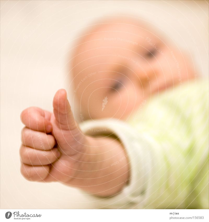 Thumbs up! Parenting Study Baby Hand Fingers 0 - 12 months Growth Positive Emotions Optimism Brave Determination Expectation Identity Infancy Safety Change OK