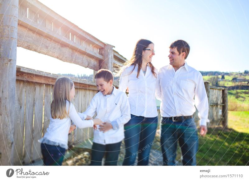 Human being Child Joy Adults Natural Feminine Family & Relations Happy Together Masculine Infancy Happiness 8 - 13 years Parents Brothers and sisters