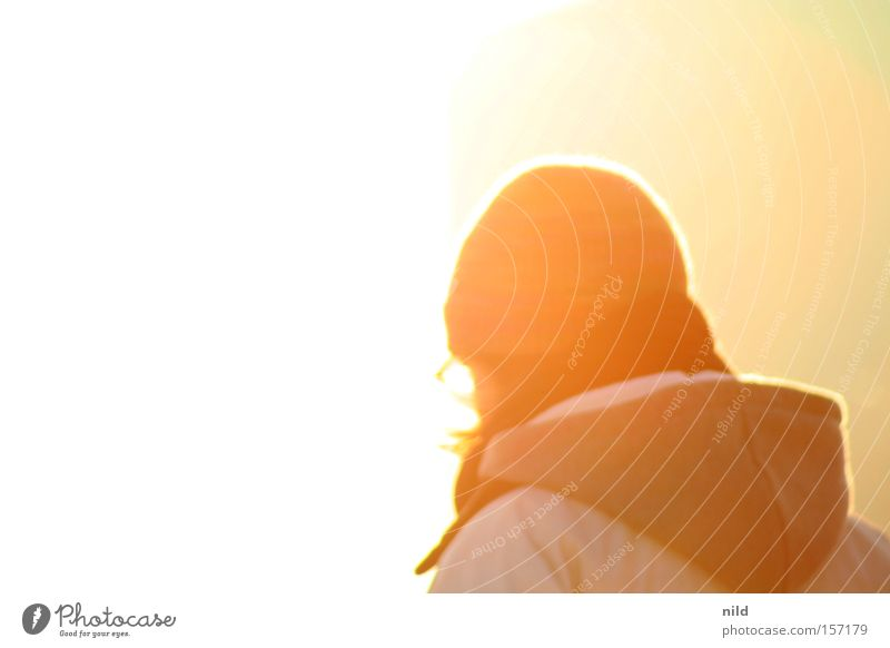 Woman Sun Lamp Bright Friendliness Cap Looking away Hooded (clothing) Dazzle Celestial bodies and the universe